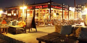 bedrijfsuitje beachclub copacabana avond restaurant